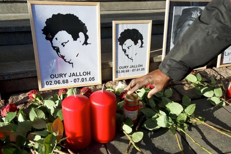 Im Schnitt fünf ausländerfeindliche Demos pro Woche (© 2014 AFP)