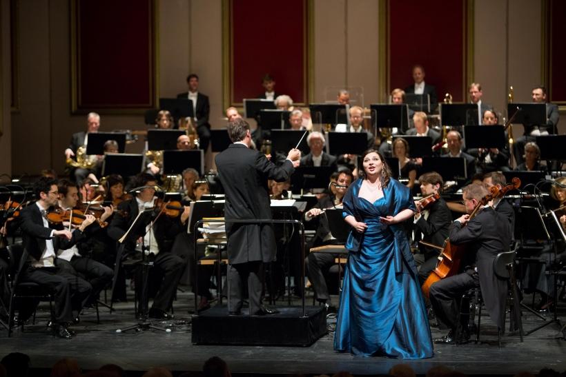 Irina Churilova, Axel Kober, Duisburger Philharmoniker (Foto: Susanne Diesner)