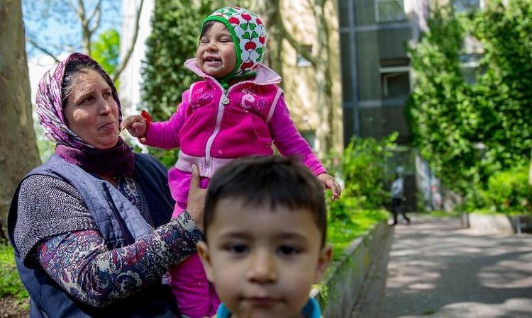 Sinti und Roma werden in Medien häufig diskriminiert (© 2014 AFP)