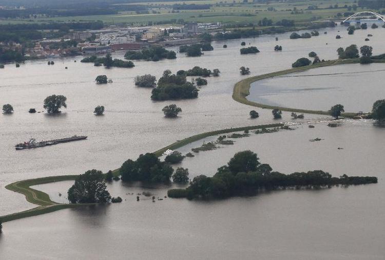 Zweitgrößter Einsatz für THW bei Hochwasser 2013 (© 2014 AFP)