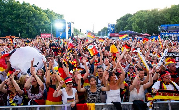 Bei WM-Sieg Empfang der Nationalmannschaft in Berlin (© 2014 AFP)