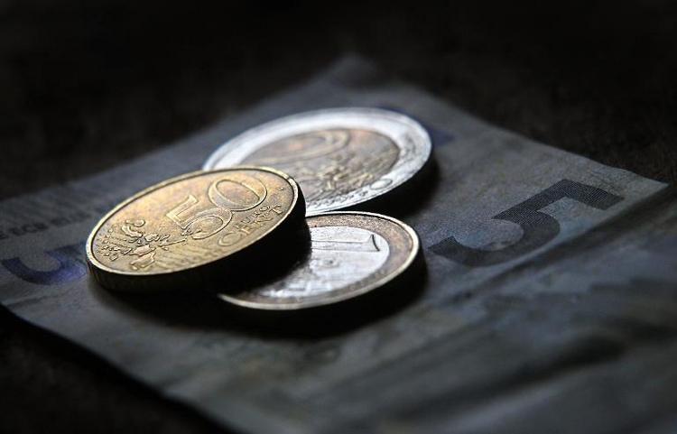 Bundesrat will gesetzlichen Mindestlohn absegnen (© 2014 AFP)