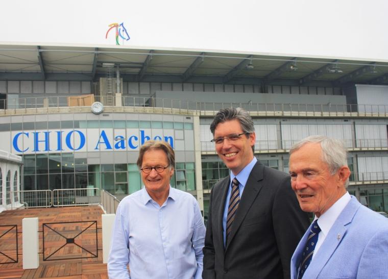 Turnierdirektor Frank Kemperman, Marcel Philipp, Oberbürgermeister der Stadt Aachen, und Carl Meulenbergh, Präsident des Aachen-Laurensberger Rennvereins e. V. (Foto: Chio Aachen)