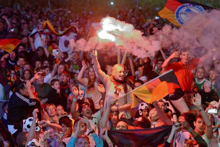 Fußball-Deutschland in Ekstase  (© 2014 AFP)