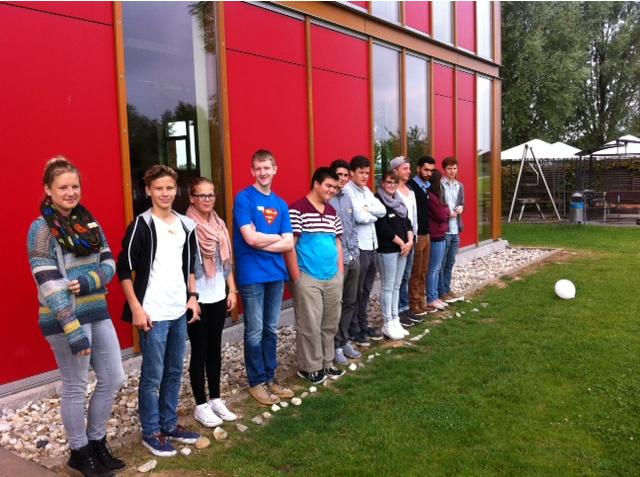 Mitglieder des städtischen Jugendbeirats hielten ihre Klausurtage in der Jugendherberge an der Xantener Südsee ab. (Foto: Lothar Strücken)