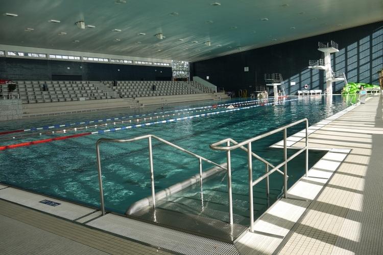 Während der Sommerferien haben sich die öffentlichen Schwimmzeiten in den städtischen Bädern geändert. (xity-Foto: E. Aslanidou)