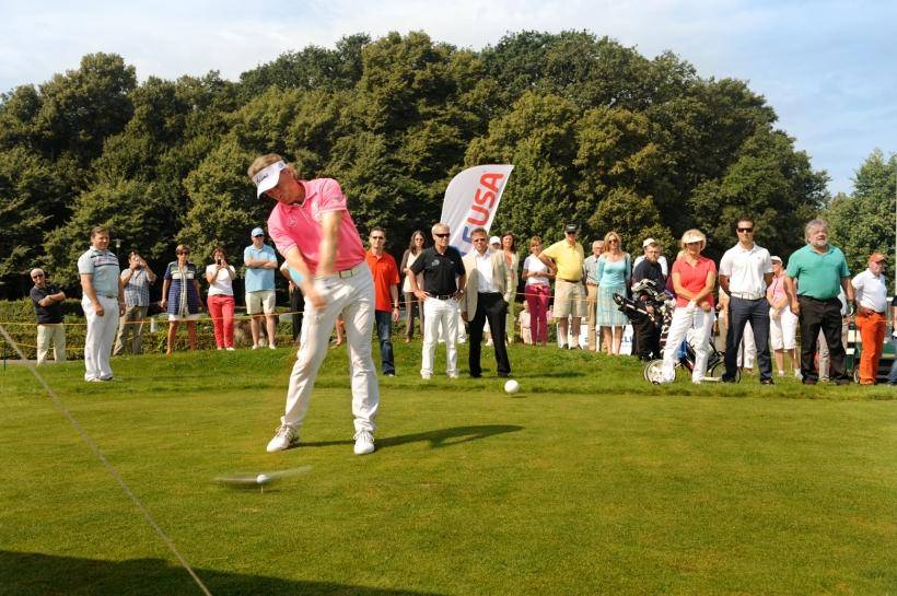 Bernhard Langer schlug kraftvoll ab beim Turnier um den WFG Business Cup auf Rittergut Birkhof (Foto: Susanne Dobler)