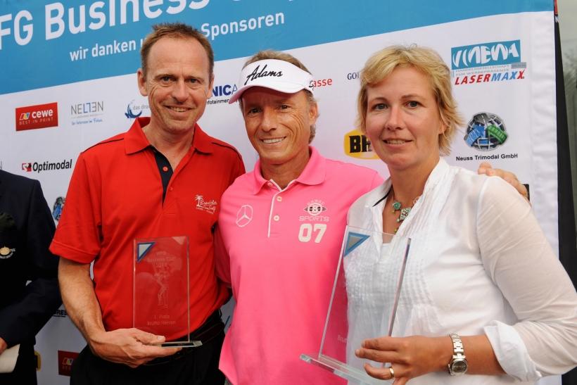 Wolfgang Fischer, Bernhard Langer und Stephanie Schlenker beim WFG Business Cup (Foto: Susanne Dobler)