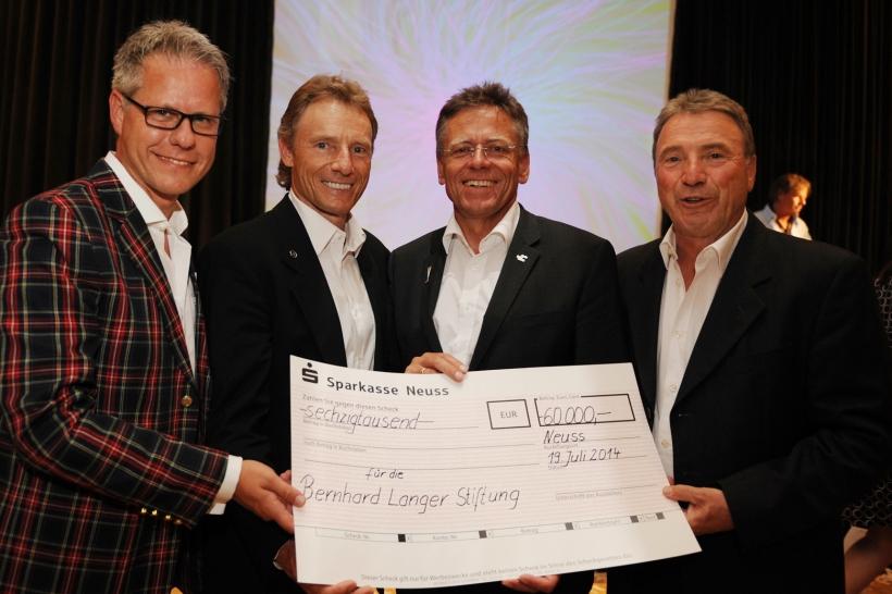 Jürgen Steinmetz, Bernhard Langer, Hans-Jürgen Petrauschke und Erwin Langer (Foto: Susanne Dobler)