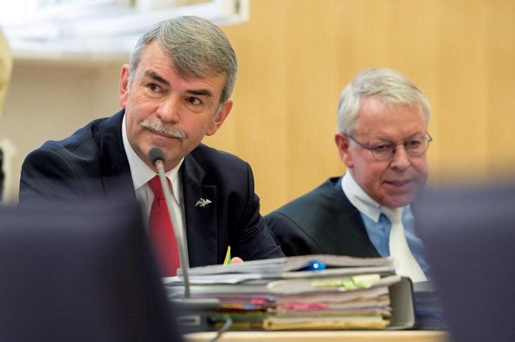 Streit zwischen Mollath und Verteidiger Strate eskaliert (© 2014 AFP)