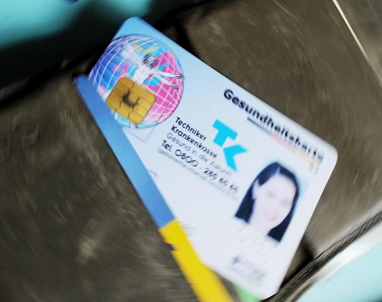 Union drängt Kassen zu Beitragssenkungen (© 2014 AFP)