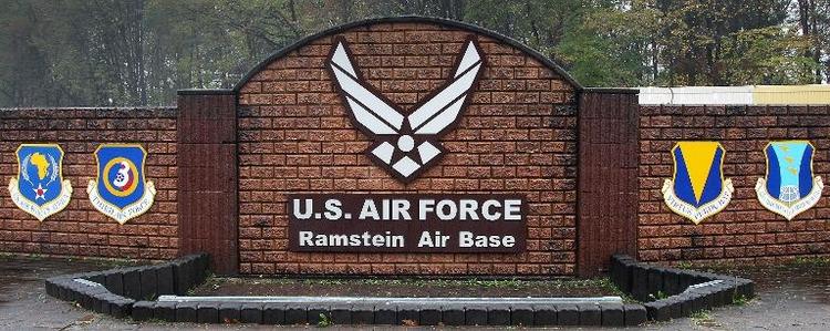 Leiche in US-Flugzeug in Ramstein entdeckt (© 2014 AFP)