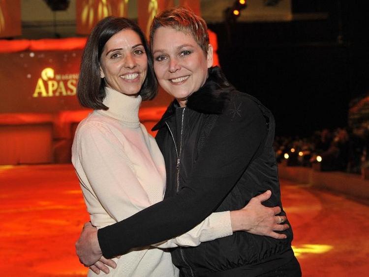 Ex-Moderatorin Ramona Leiß gab ihrer Freundin das Ja-Wort (© 2014 AFP)