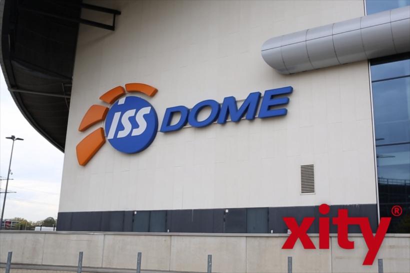 Der ISS Dome als Riesen-Wahllokal (xity-Foto: D. Creutz)