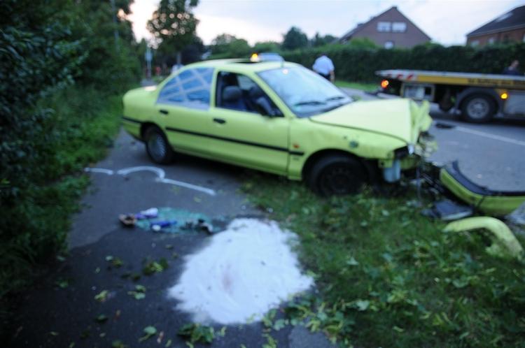 Schwerer Verkehrsunfall in Windberg (Foto:Polizei Mönchengladbach)