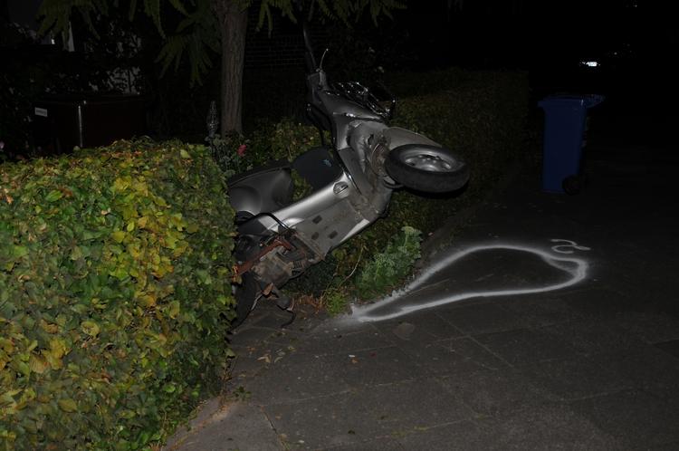 Verkehrsunfallflucht auf der Dohler Straße (Foto:Polizei Mönchengkadbach)