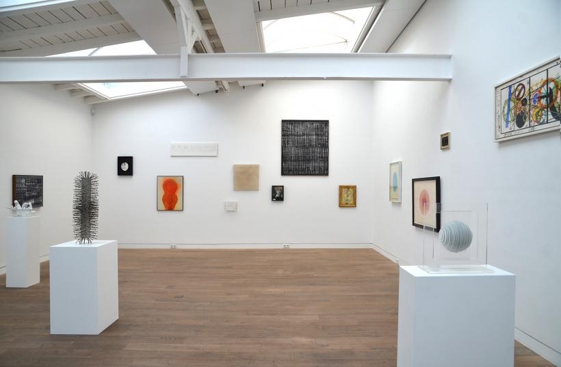 Installationsansicht der Ausstellung (Foto: Beck & Eggeling)