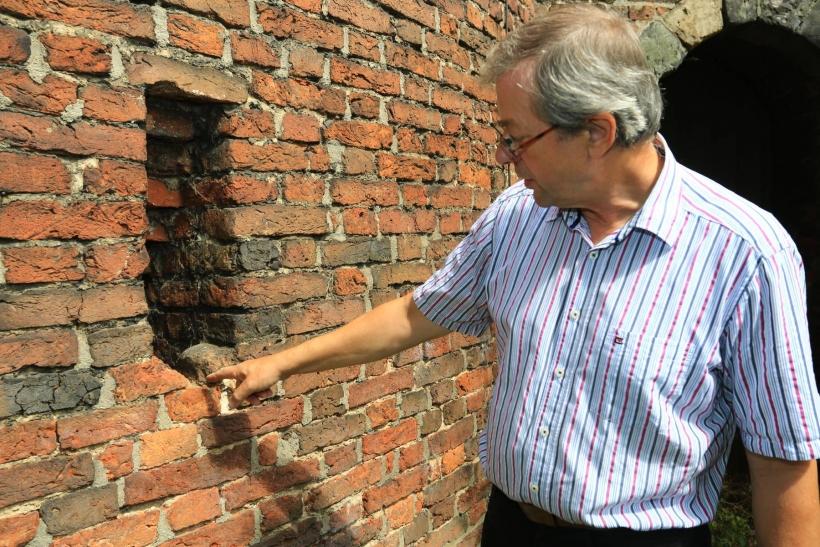 Entdeckungstour durch die mittelalterliche Festung in Krefeld mit Museumsleiter Dr. Christoph Reichmann. (xity-Foto: E. Aslanidou)