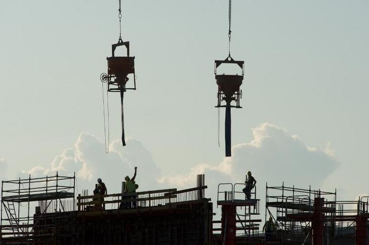 Hendricks kündigt mehr Personal für Bauverwaltungen an (© 2014 AFP)