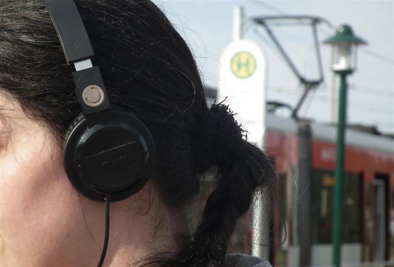 Warnung vor Kopfhörern im Bahnbereich (xity-Foto: D. Postert)