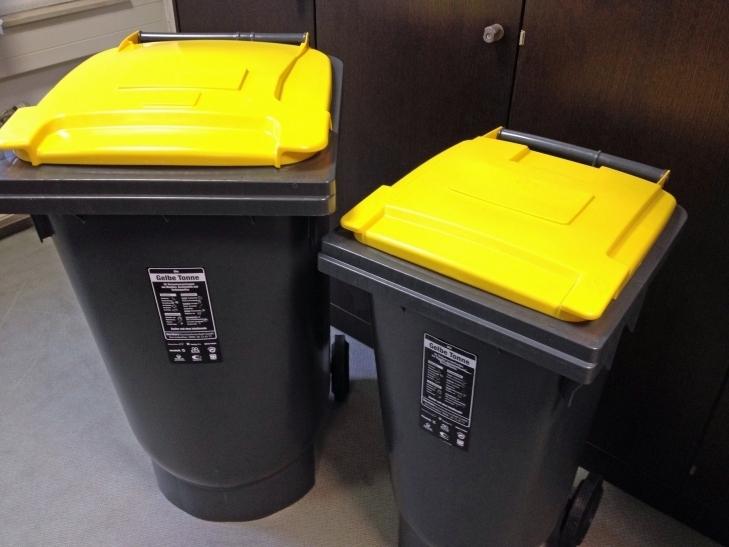 Die Gelben Tonnen bleiben zurzeit in Krefeld voll. (xity-Foto: E. Aslanidou)