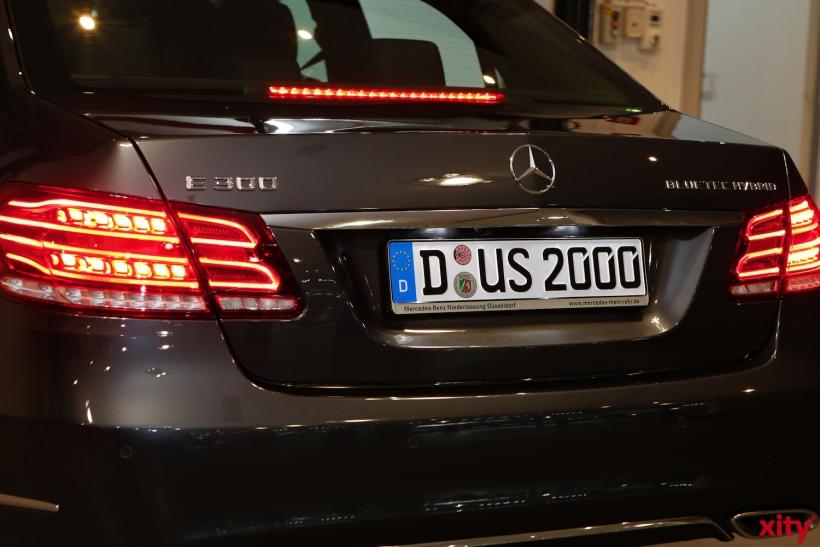 Wer ab sofort den Wagen mit dem Kennzeichen D-US-2000 sieht, kann den OB grüßen (xity-Foto: D. Creutz)