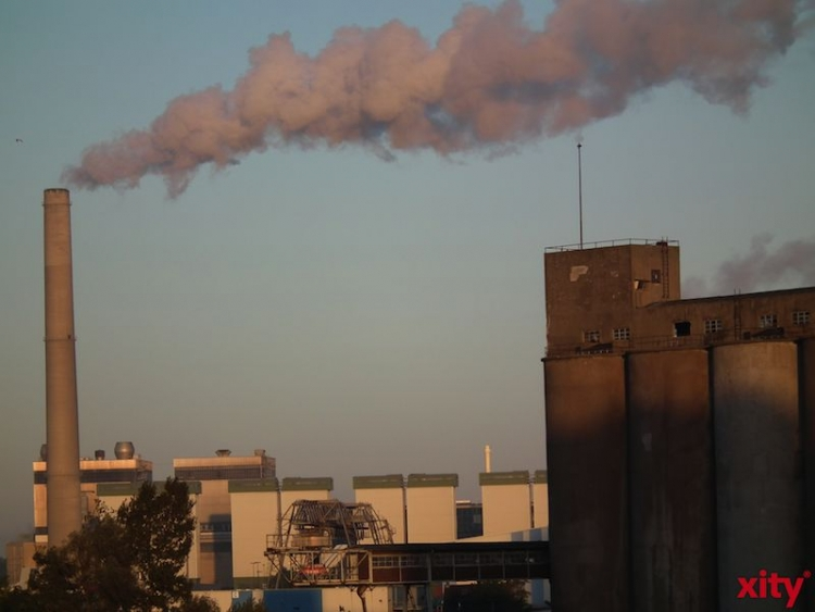 Das Bundesministerium für Umwelt, Naturschutz, Bau und Reaktorsicherheit fördert ein innovatives Verfahren von Bayer MaterialScience, mit dessen Hilfe Prozessabwässer wiederverwendet werden können. (xity-Foto: M. Völker)