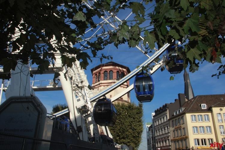 Das Riesenrad kehrt zurück auf den Burgplatz (xity-Foto: P. Basarir)