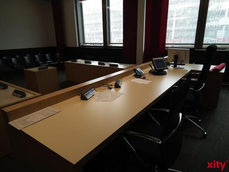 Knapp sieben Monate nach einem Amoklauf in nordrhein-westfälischen Anwaltskanzleien mit drei Toten ist der Angeklagte zu einer lebenslänglichen Haftstrafe verurteilt worden (xity-Foto: P.I.)