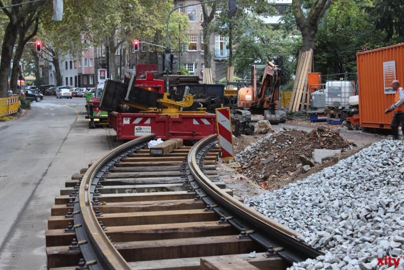 Gleisbauarbeiten behindern den öffentlichen Verkehr (xity-Foto: PI)