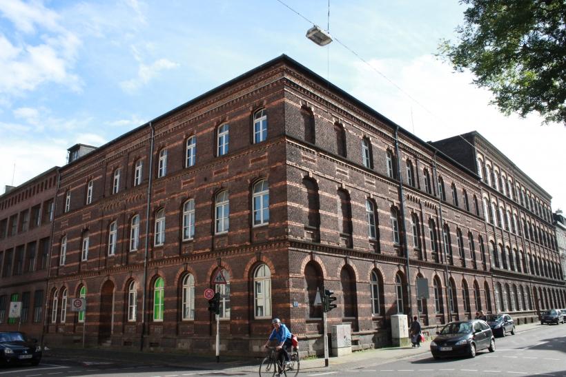 Das Samtweberviertel in der südwestlichen Innenstadt Krefelds soll in den kommenden Jahren als sozial, kulturell und ökonomisch durchmischtes Viertel mit einem lebendigen Gemeinwesen gestärkt werden. (xity-Foto: E. Aslanidou)