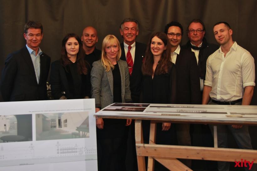 Dei Düsseldorfer Jonges zeichneten Studierende der Peter Behrens School of Architecture aus (xity-Foto: P. Basarir)