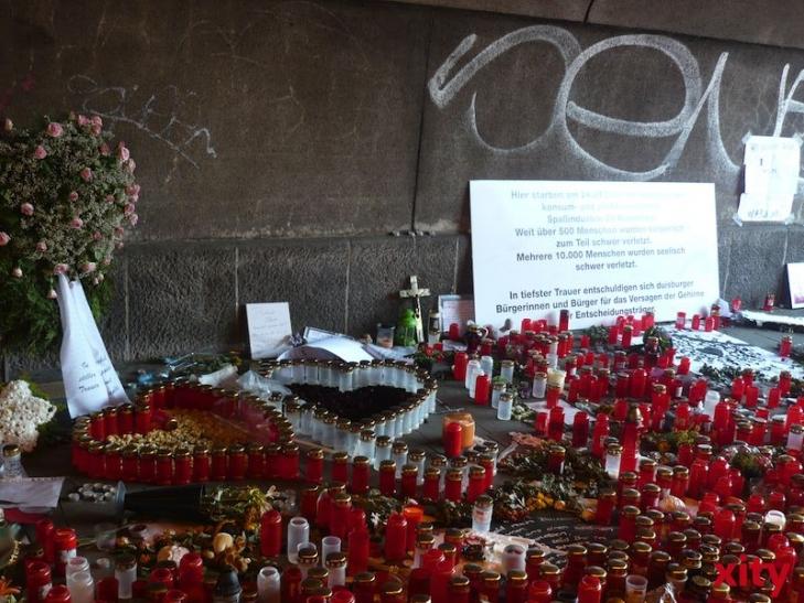 Während der Loveparade am 24. Juli 2010 in Duisburg waren bei einer Massenpanik 21 Menschen getötet und mindestens 652 verletzt worden (xity-Foto: M. Völker)