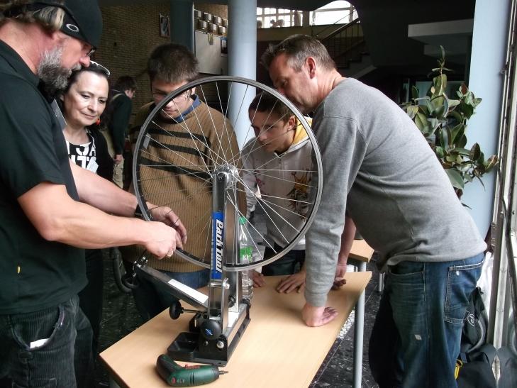 Schüler lernen neue Chefs kennen (Foto: LVR-Gerricus-Schule)
