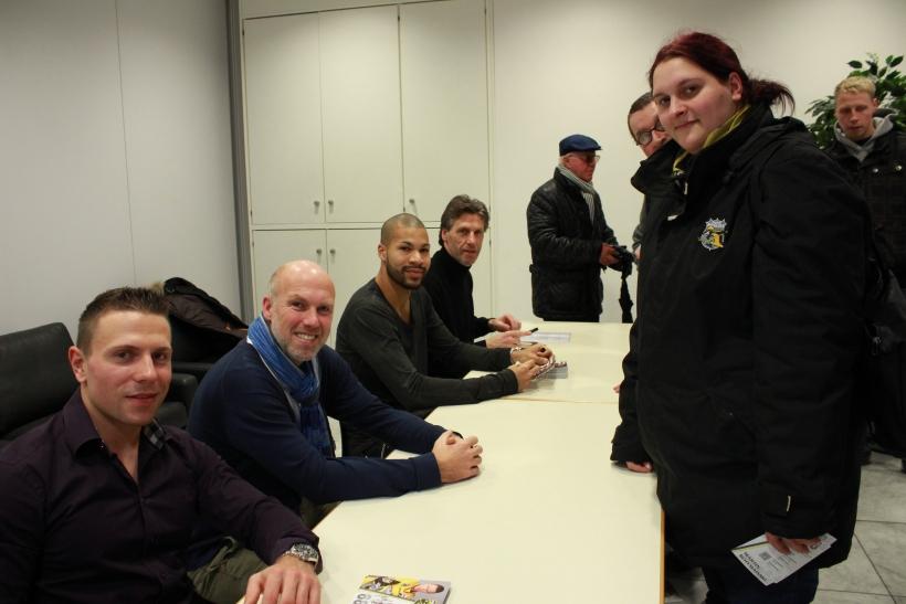 Für Publikumsliebling Martin Schymainski ist der Kontakt mit den Fans auch extrem wichtig. (xity-Foto: E. Aslanidou)