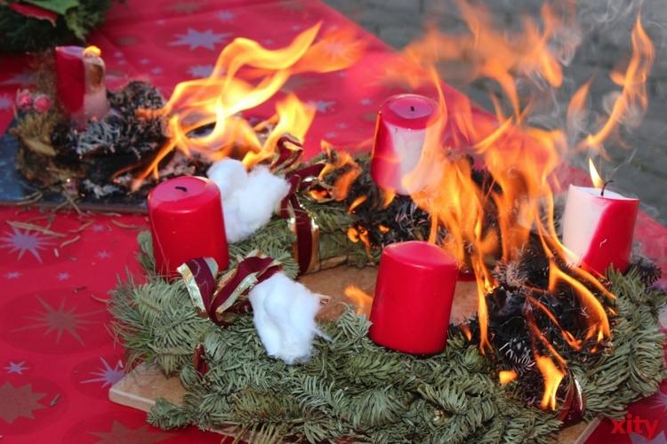 Erhöhte Brandgefahr durch Kerzenschein und Lichterketten in der Weihnachtszeit (xity-Foto: A. Obreiter)
