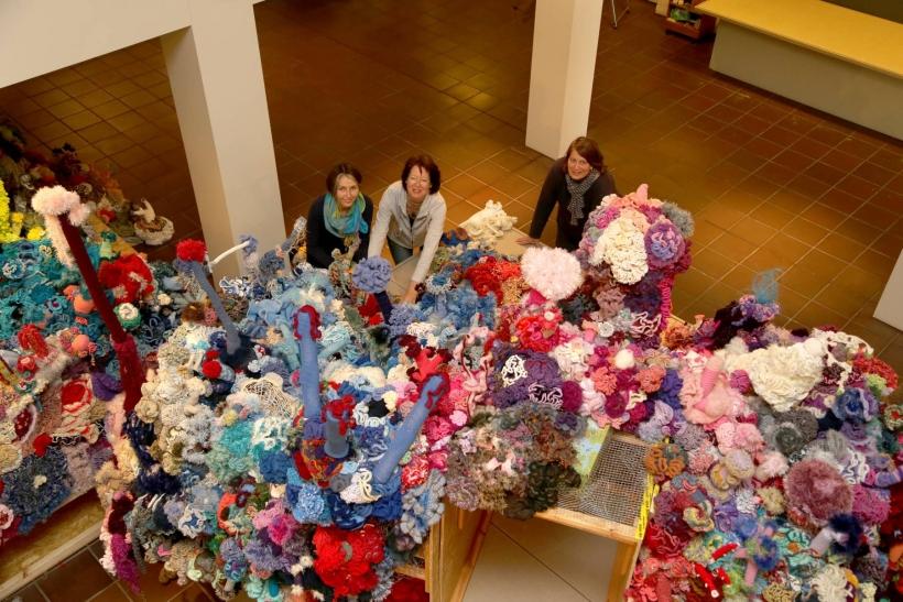"""Deutsches Textilmuseum Krefeld: 12 351 Besucher im """"Häkelkosmos"""". (Foto: Stadt Krefeld)"""