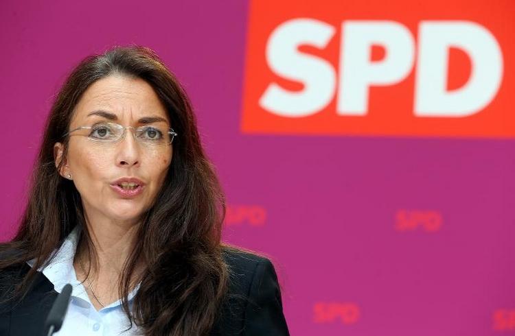 SPD-Generalsekretärin bezweifelt Edathys Glaubwürdigkeit (© 2014 AFP)