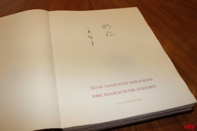 The Japanese Emperor signed the golden book in 1993, the first one to do so. (xity-Foto: A. Meyer)
