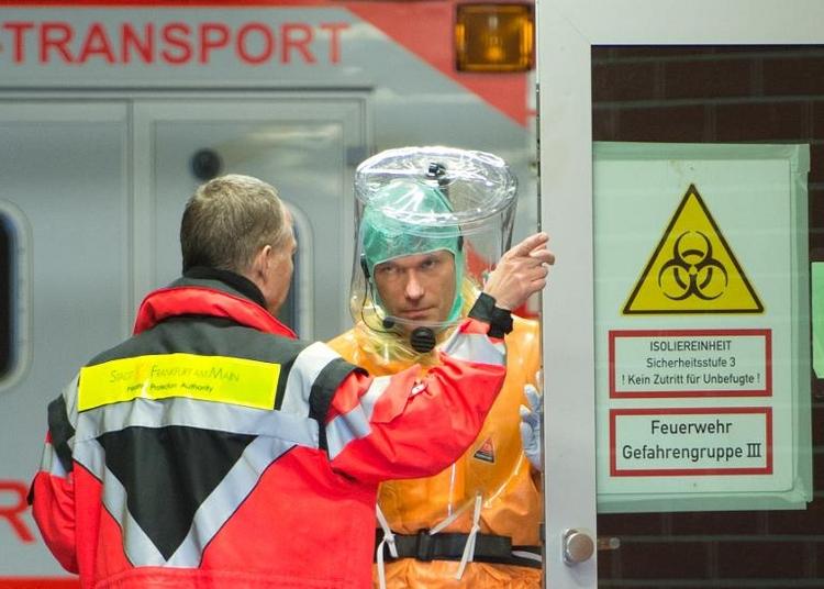 Deutsche Ärzte: Ebola-Medikament FX06 aussichtsreich (© 2014 AFP)