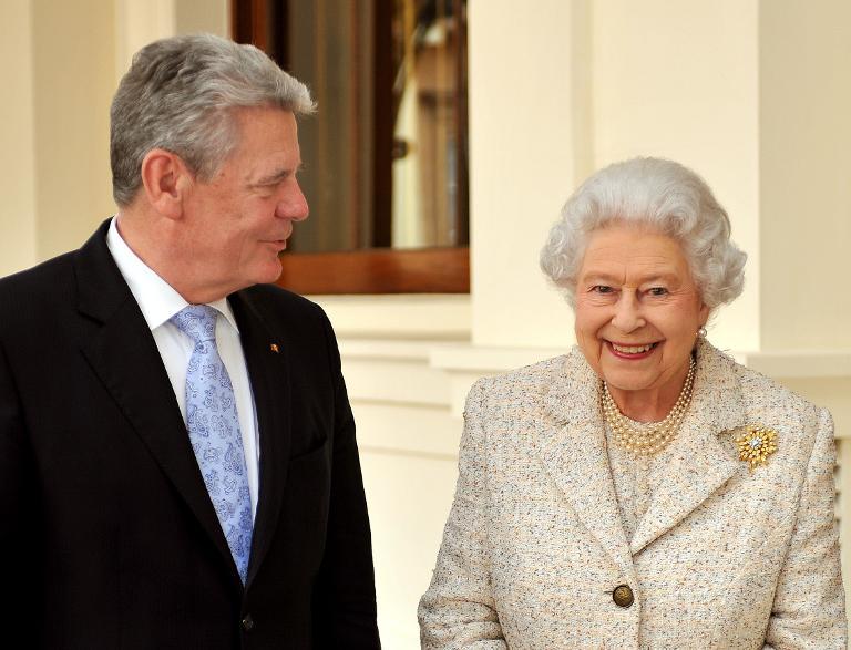 Die Queen besucht im Juni Berlin (© 2015 AFP)