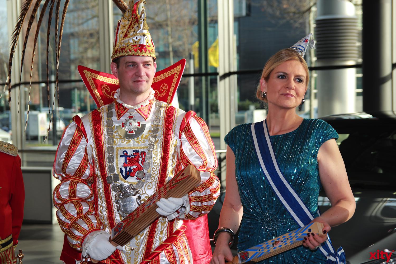 Prinz Christian II. und Venetia Claudia freuen sich über das Engagement von Mercedes-Benz (xity-Foto: P. Basarir)