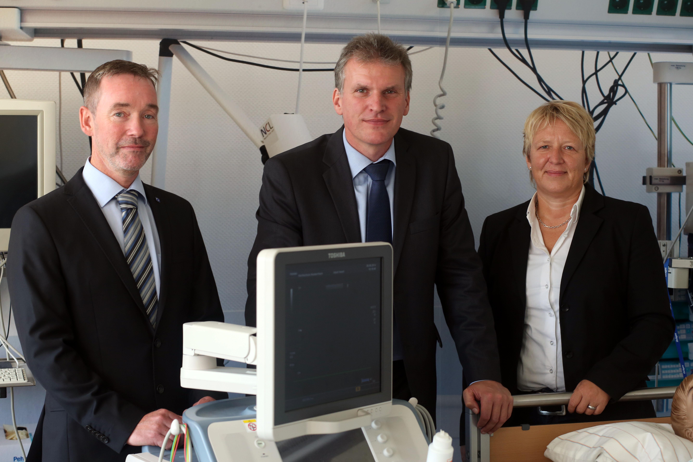Die Professoren Dr. Thomas Lux, Dr. Hubert Otten und Dr. Sylvia Thun (von links) leiten das Kompetenzzentrum. (Foto: Dr. C. Sonntag)