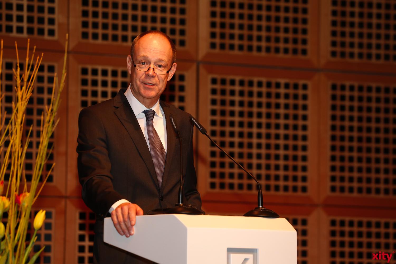 Stefan Märkl, Sprecher der Geschäftsleitung Düsseldorf, begrüßte die Anwesenden. (xity-Foto: D.Creutz)