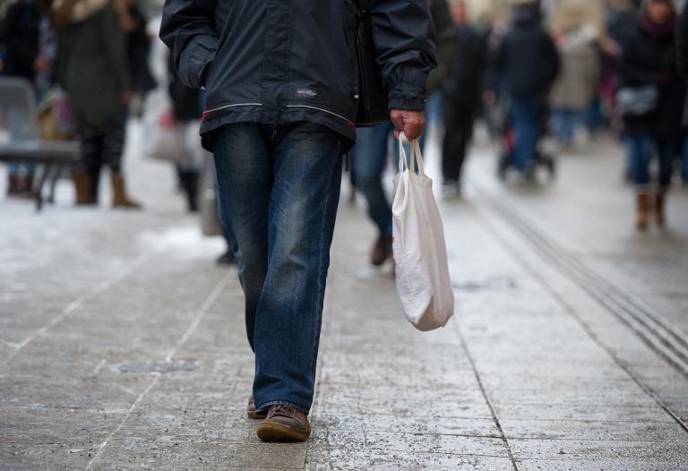 Mehrheit der Deutschen fürchtet neue Wirtschaftskrise (© 2015 AFP)
