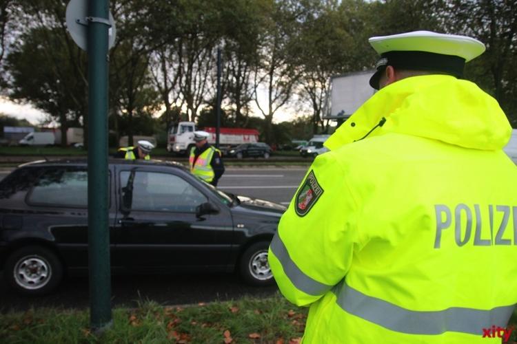 Zu schnelles Fahren gefährdet alle überall. Zu diesem Zweck führt die Polizei Krefeld regelmäßige Geschwindigkeitskontrollen durch (xity-Foto: P. Basarir)