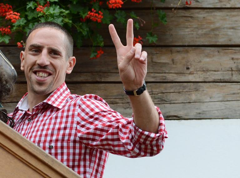 Fußballstar Franck Ribéry wird vielleicht bald Deutscher (© 2015 AFP)