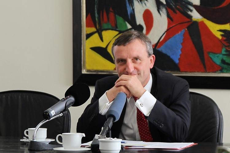 Oberbürgermeister Thomas Geisel übernimmt die Schirmherrschaft für den Kostümwettbewerb (xity-Foto: H. Müller)
