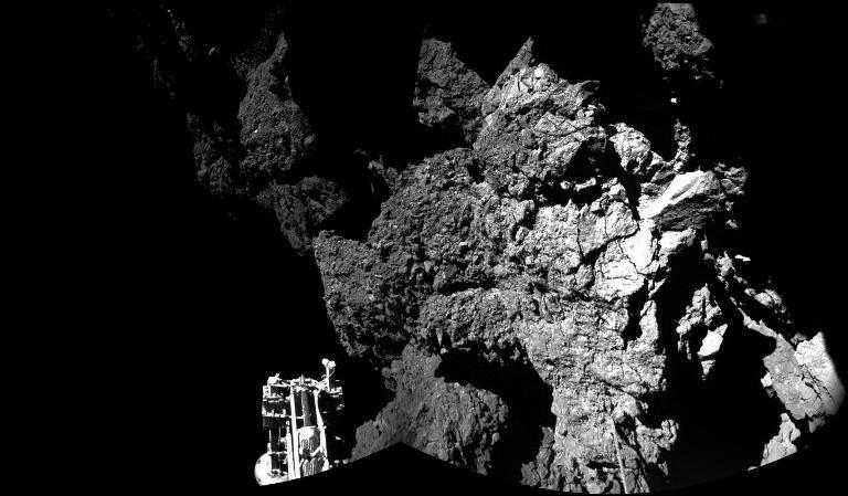 """Verstummte Kometensonde """"Philae"""" könnte aufgewacht sein (© 2015 AFP)"""