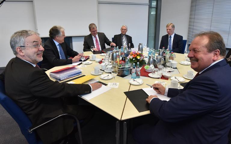 Länder-Tarifverhandlungen in Potsdam wieder aufgenommen (© 2015 AFP)